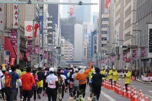 東京マラソンでの日本橋付近