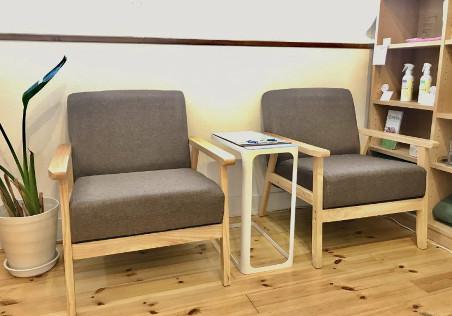 サロンの椅子
